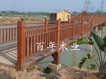 南宁防腐木木桥护栏施工