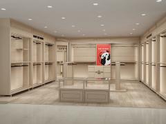 沈阳商场展柜制作、专柜装修、安装,信赖嘉成装饰,新一代潮流!