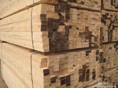 泰安宏泰竹胶板厂木方您的不二选择 建筑木方批发
