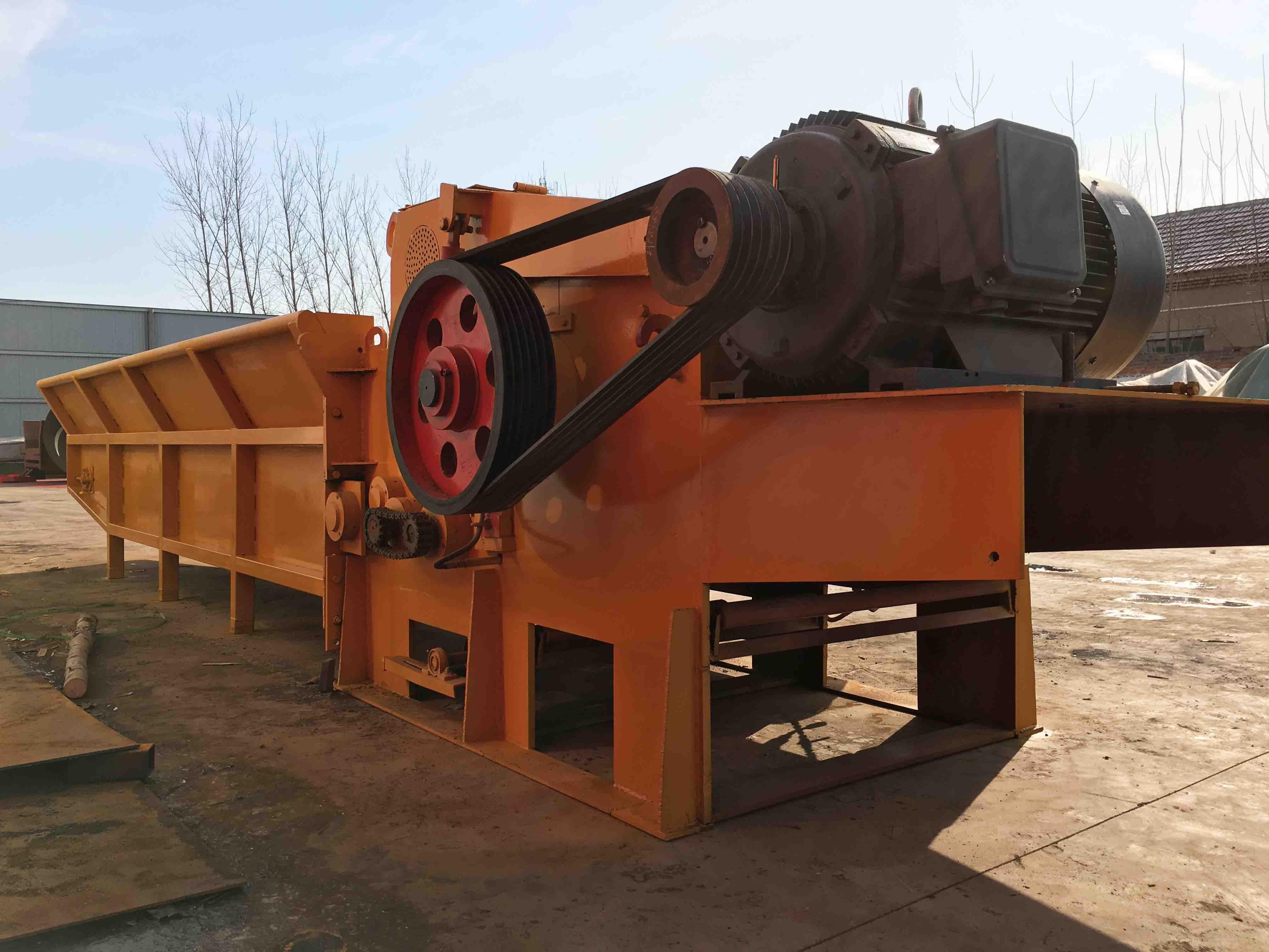 河南链板进料型木材破碎机-中王机械高质量的木材破碎机出售