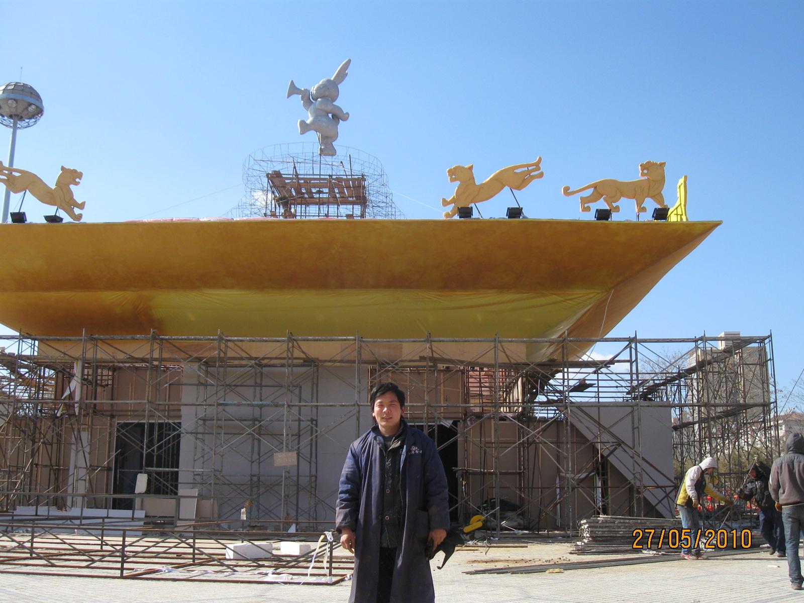 河南泡沫雕塑制作厂家郑州专业泡沫雕塑制作厂家