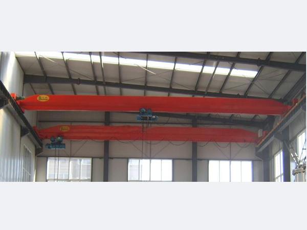亨展重工专业供应电动葫芦双梁起重机_电动葫芦双梁起重机报价
